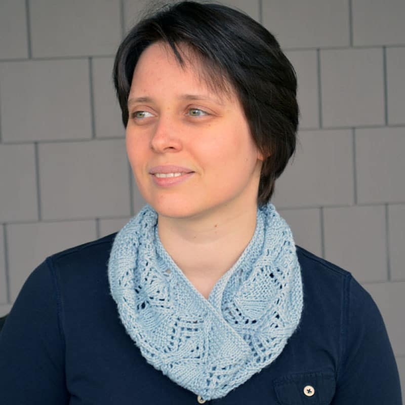 Geometry in Motion Cowl