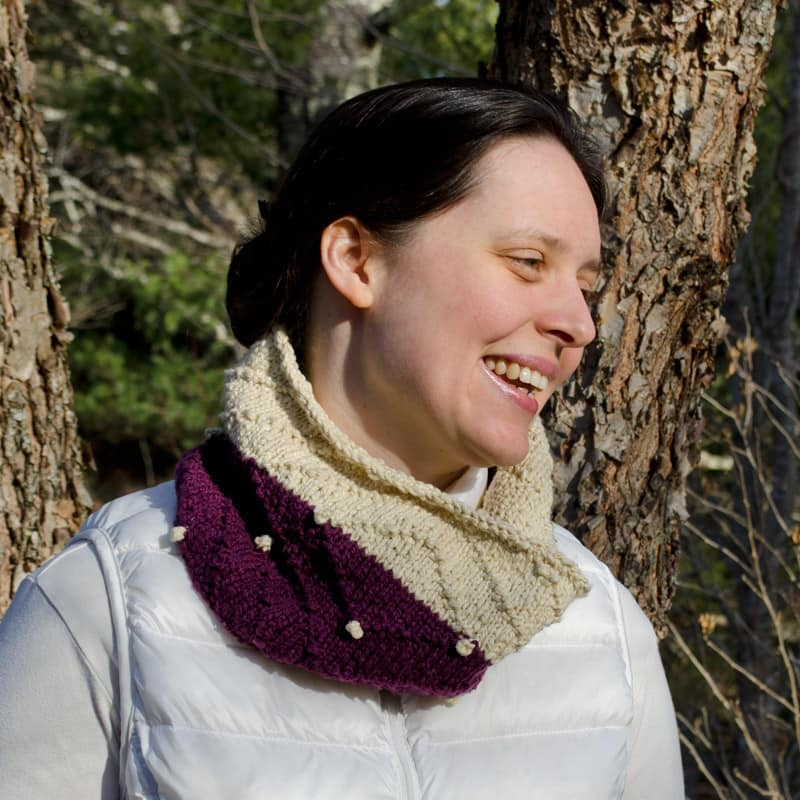 Obverse cowl with bobbles