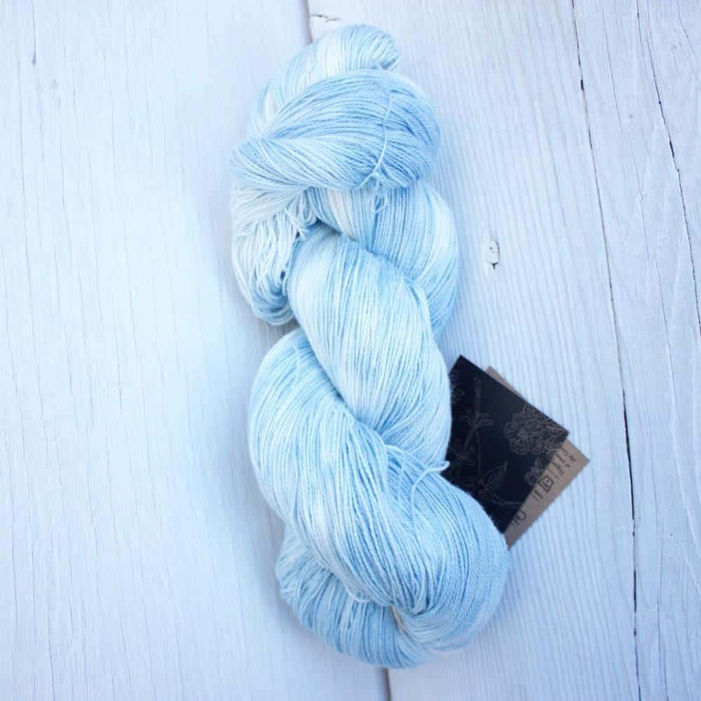 Deneb organic cotton yarn lace weight image
