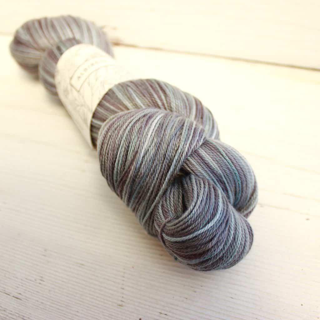 Albireo yarn in color totoro
