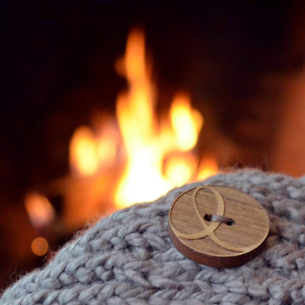 walnut Knit Eco Chic logo button