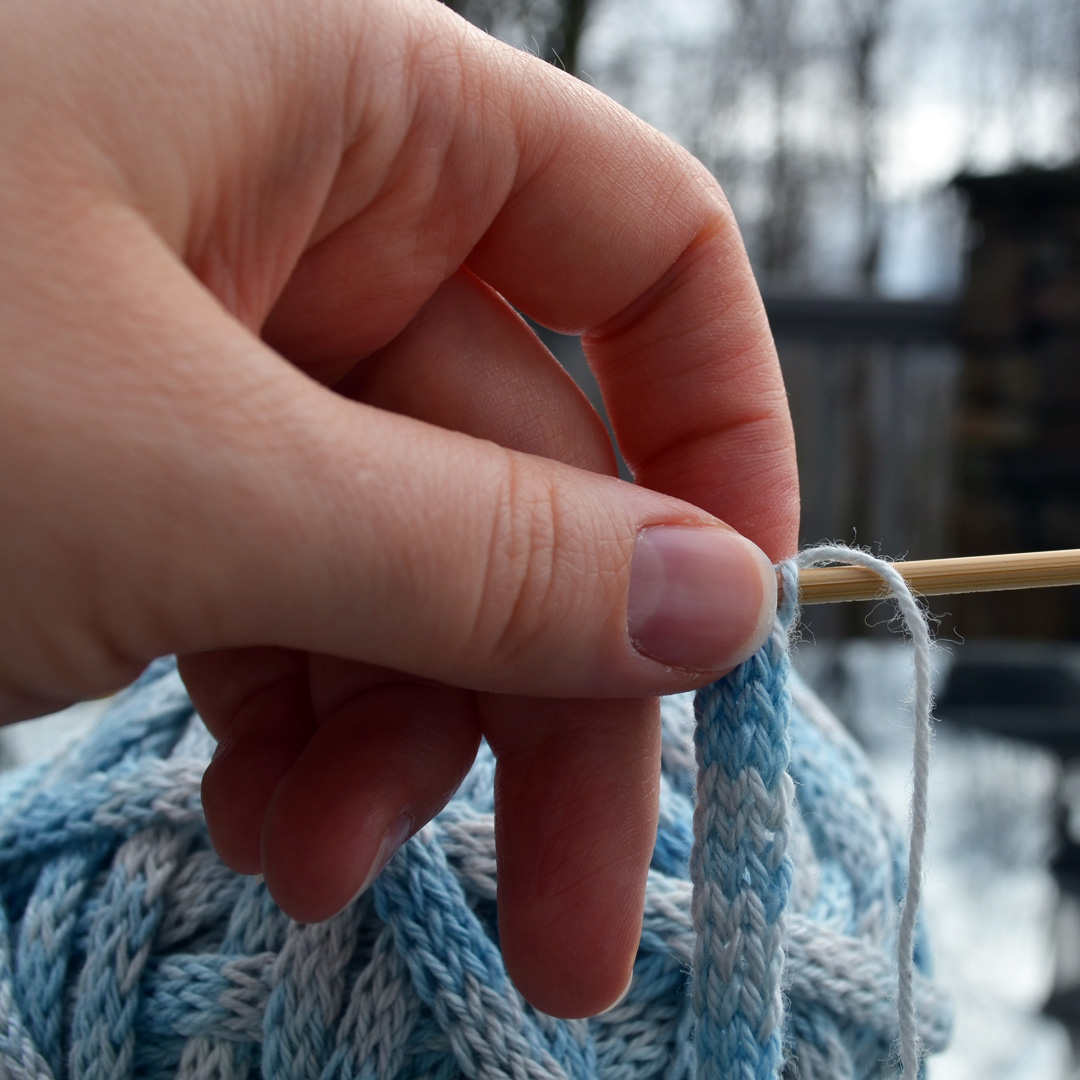 knitting an I-cord