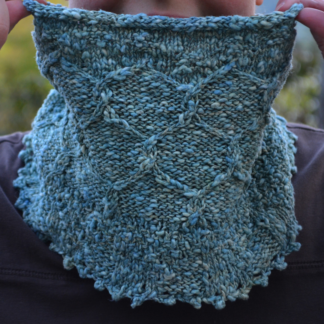 Mountain View cowl